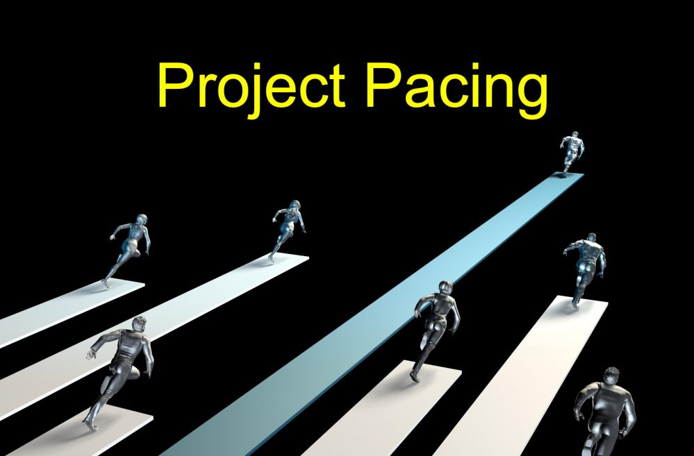 runners-with-label-project-pacing